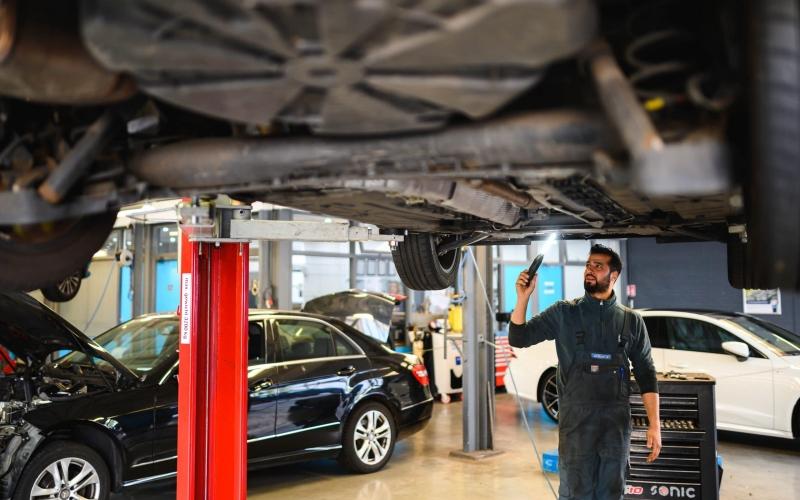 autobedrijf-bosch-car-service-lease-autotrust-arnhem-4